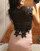 sukienka z siatką...