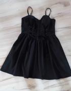 Efektowna czarna sukienka HELL BUNNY...