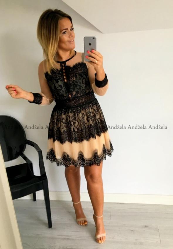 cudna sukienka mgiełka z koronką