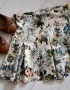 Spódniczka kwiaty Pull&Bear...