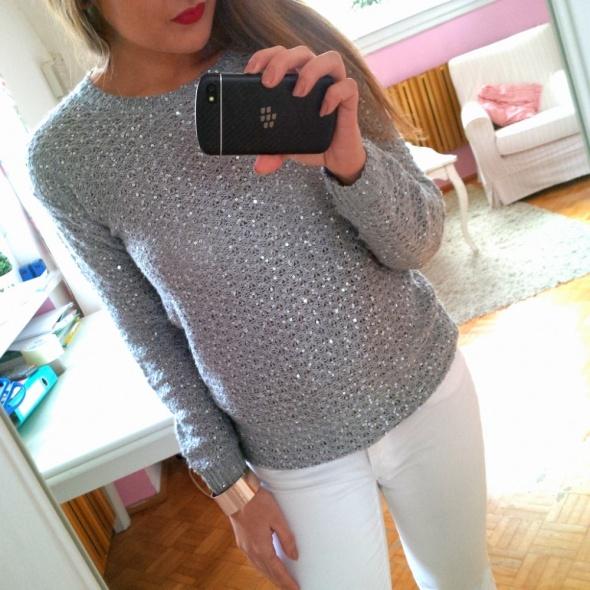 Szary sweterek cekiny Next M