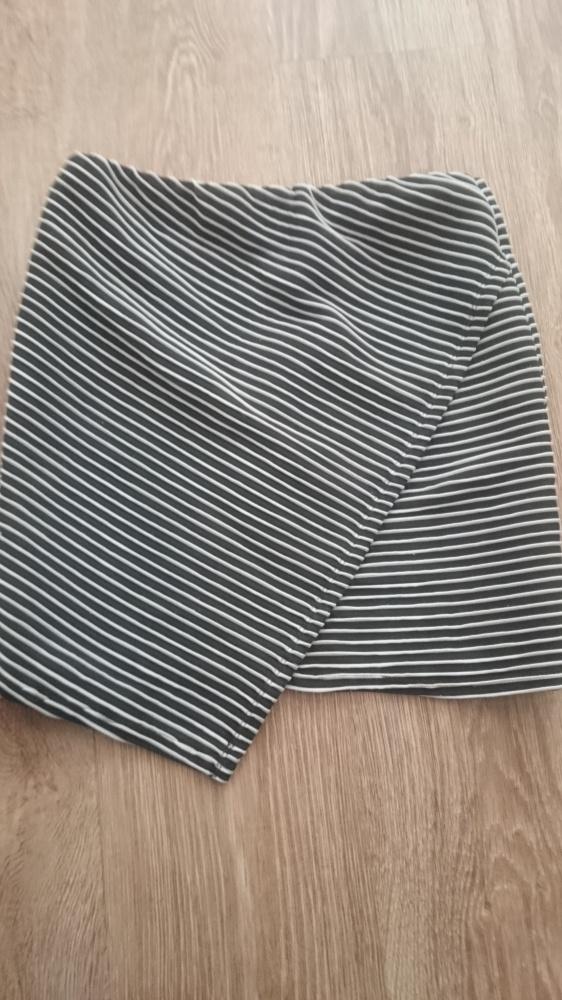 Spódnice Spódniczka Atmosphere