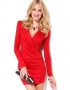 Czerwon sukienka...