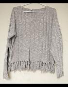 Beżowy sweterek z frędzlami 170 Young Canda