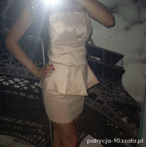 sukienka baskina pudrowy róż amisu new yorker 36