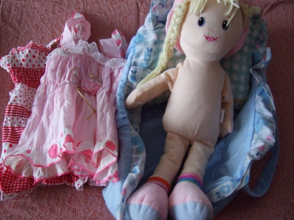 Zabawki Lala w nosidełki