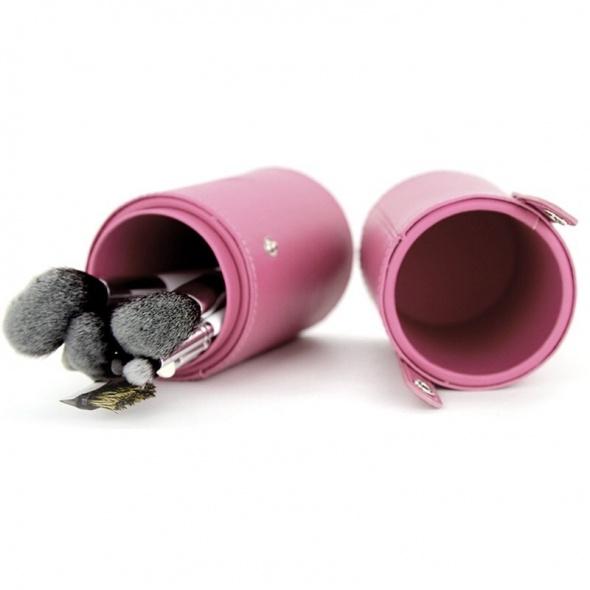 Różowe etui tuba na pędzle do makijażu