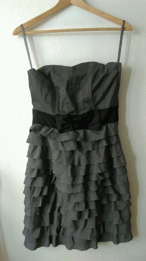 Sukienka idealna na okazję H&M rozmiar M