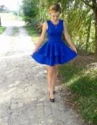 Niebieska suknia...