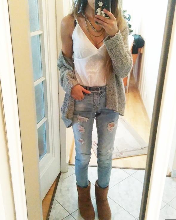 Codzienne Biała bluzka i jeansy