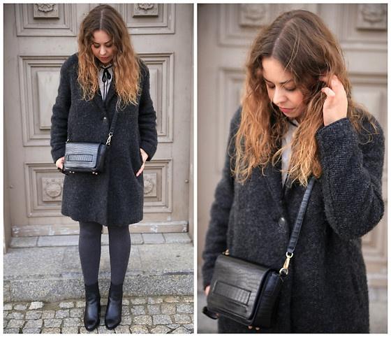 Blogerek szary płaszcz
