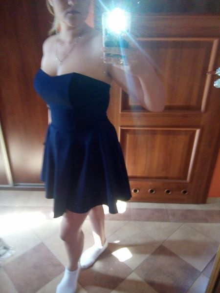 Suknie i sukienki sukienka bez pleców asymetryczna granatowa 42