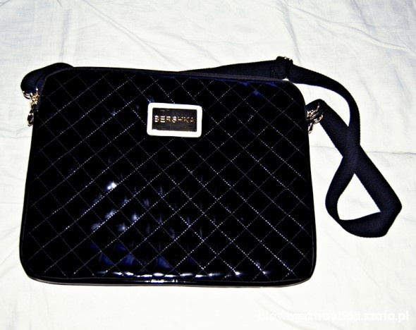 Poszukiwana torba na laptopa bershka...