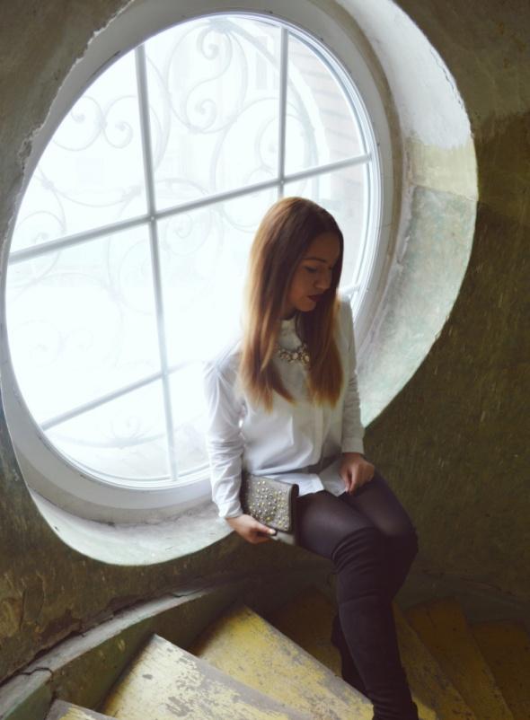 Blogerek Biała koszula część 1