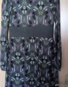 Szaro fioletowa sukienka z długim rękawem