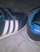 Buty sportowe Adidas rm 27...