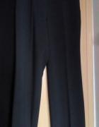Stalowe spodnie w prążki