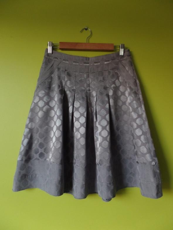 Spódnice Spódniczka Reserved Elegancka Rozkloszowana