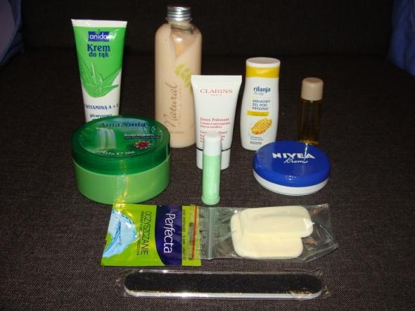 Zestawy NOWE zestaw 10 sztuk NOWYCH kosmetyków