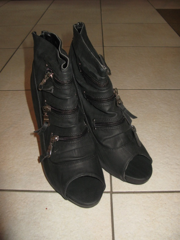 buty 41 czarne botki bez palców