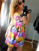 Sukienka gorsetowa kwiaty glam
