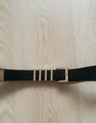 Czarny pasek H&M ze złotymi dodatkami