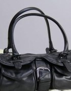 mała torebka damska czarna dużo kieszeni