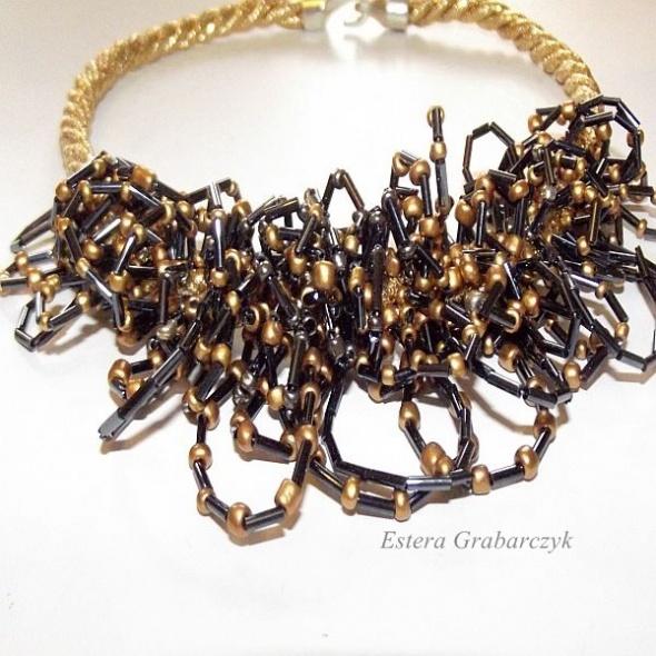 Handmade naszyjnik haft koralikowy