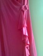 Różowa nowa sukienka