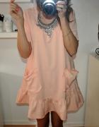 Piękna Pastelkowa sukienka z kieszeniami Oversize