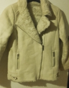Kożuszek ramoneska stradivarius