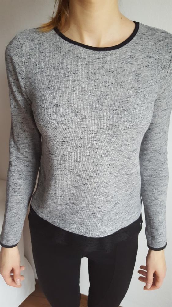 Bluzy Krótsza bluza Pimkie z koronką