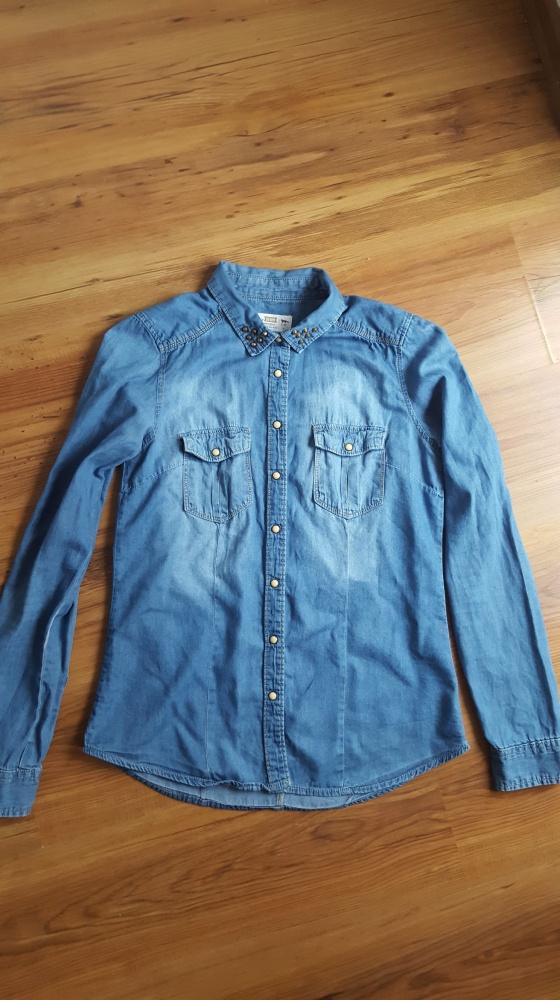 Koszule Koszula jeansowa House z ćwiekami na kołnierzu