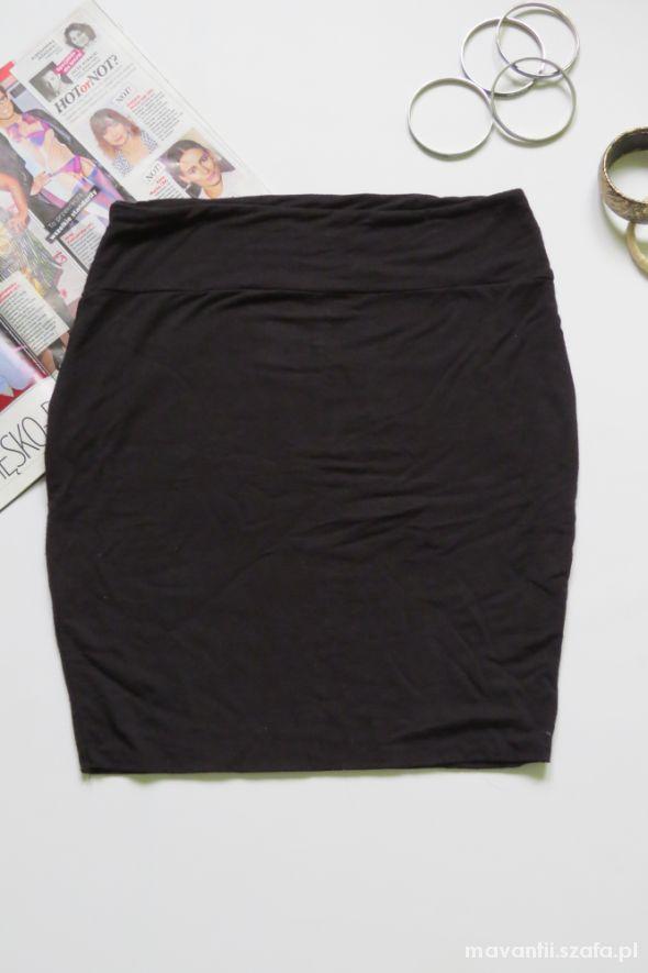 Spódnice Spódniczka czarna PAPAYA