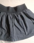 Szara rozkloszowana spódnica