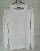 Ażurowy sweterek śnieżnobiały...