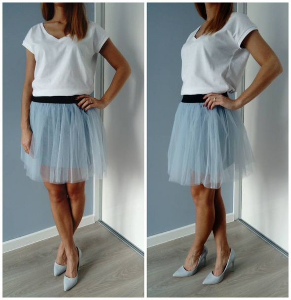 Błękitna spódnica tiulowa Spódnice Ubrania