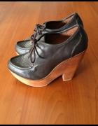 Wiązane brązowe botki buty na wysokim obcasie