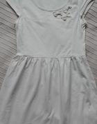 Kremowa sukienka Reserved rozmiar M