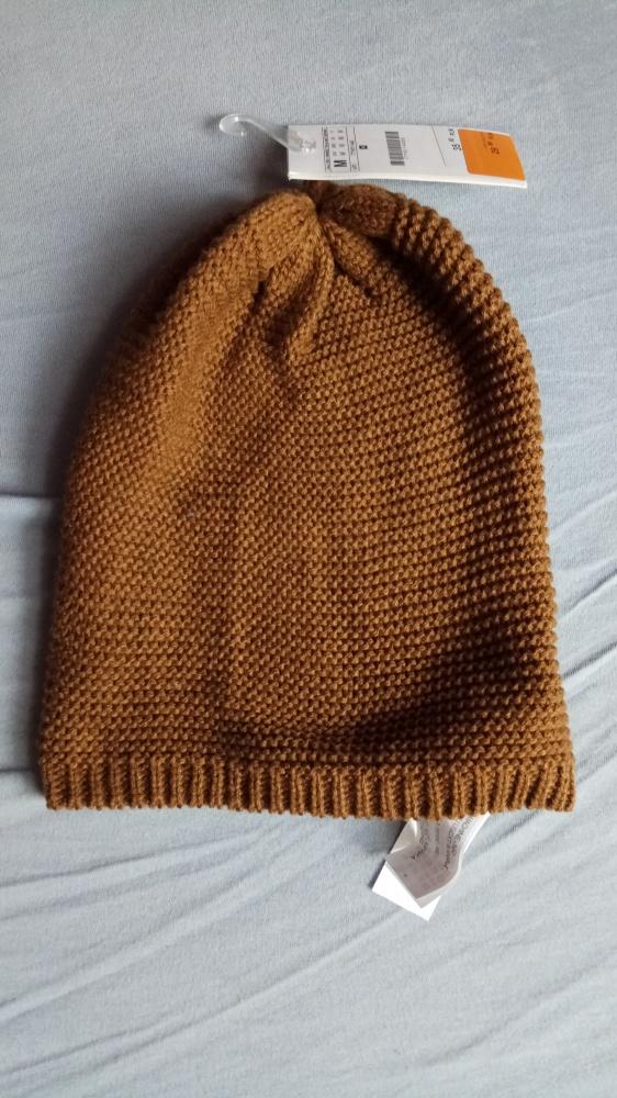 b54b04382a48a Cienka karmelowa czapka zimowa NOWA Stradivarius w Nakrycia głowy ...