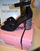 Sandały zamszowe 38 czarne ozdobny obcas nowe