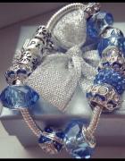 Bransoletka charms niebieska