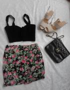 Modna spódniczka w kwiaty