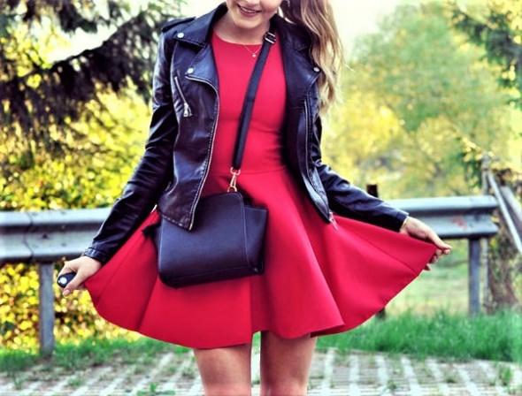 ramoneska & czerwona sukienka...