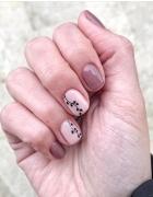 Wiosenny manicure