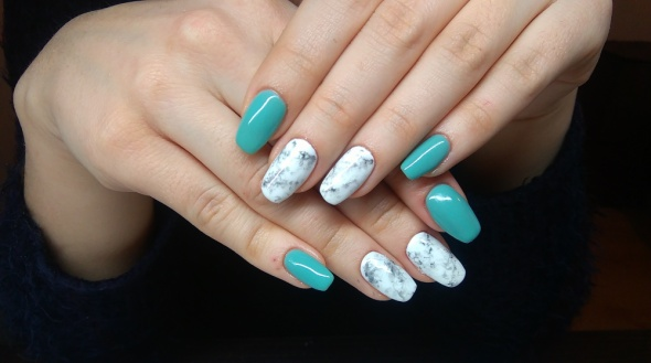 Paznokcie Wiosenny manicure
