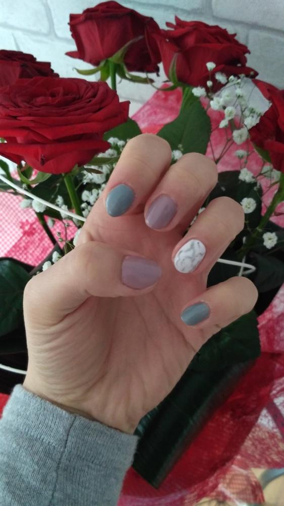 Paznokcie Pastele róże manicure hybrydowy hybryda