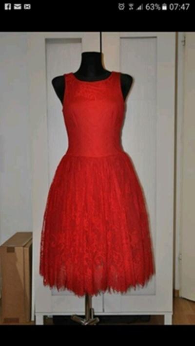 Suknie i sukienki Śliczna sukienka midi