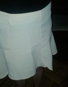 Beżowa spódnica zip