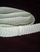 Biały pleciony szeroki pasek 109 cm